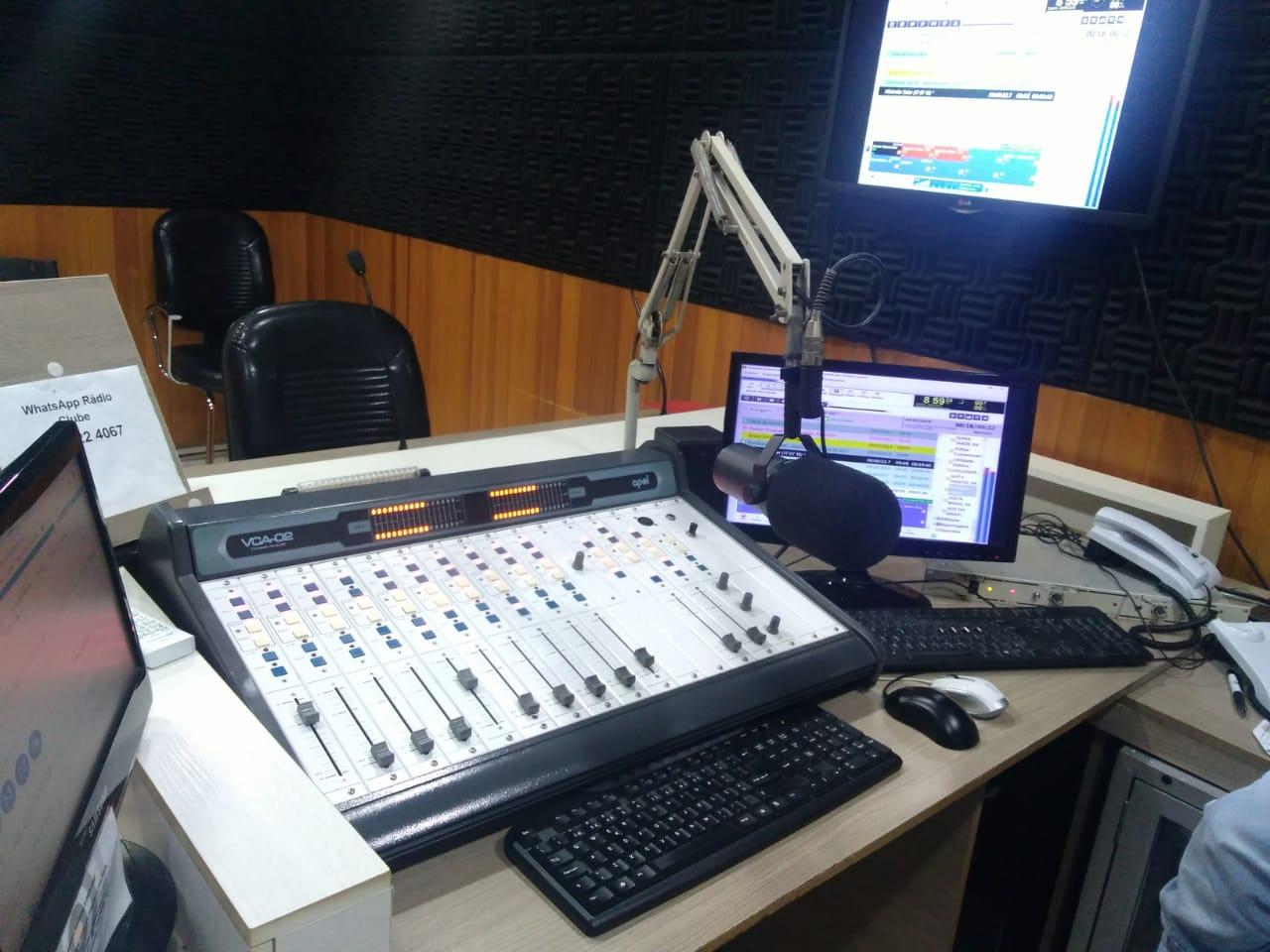 Estudio Clube FM 94,9